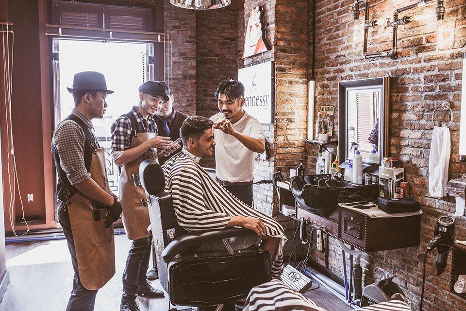 Hé lộ tiệm tóc chất nhất Sài Gòn