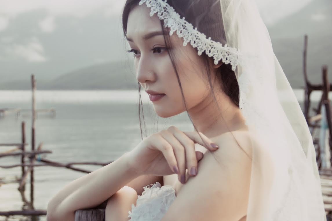 Nàng thơ xứ Huế hoá thân thành cô dâu