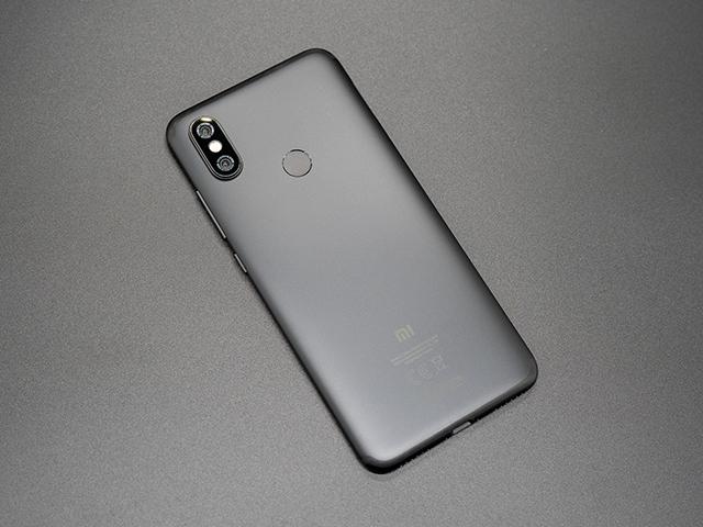 Đánh giá Xiaomi Mi A2 quái vật hiệu năng và camera