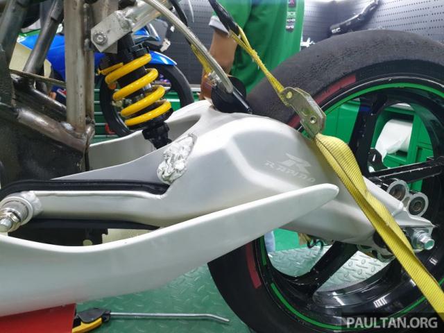 Exciter 150 độ chạy sân Moto3 đầy mạnh mẽ