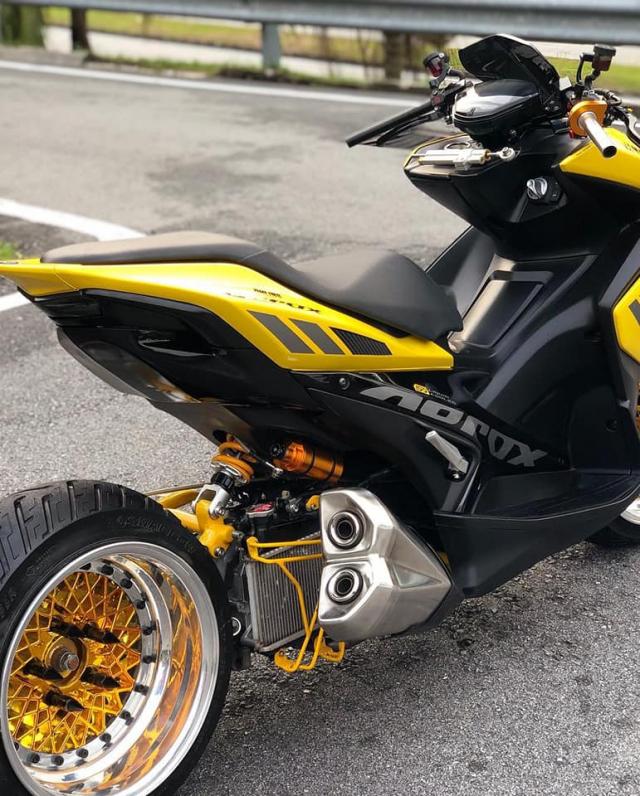 NVX 155 lột xác ngoạn mục với phong cách siêu mô tô độc đáo