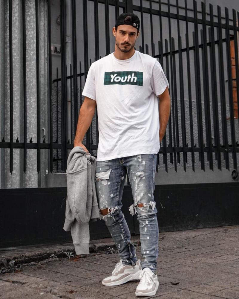 """""""Nam tính miễn bàn"""" với 7 cách phối quần jeans rách gối mạnh mẽ"""