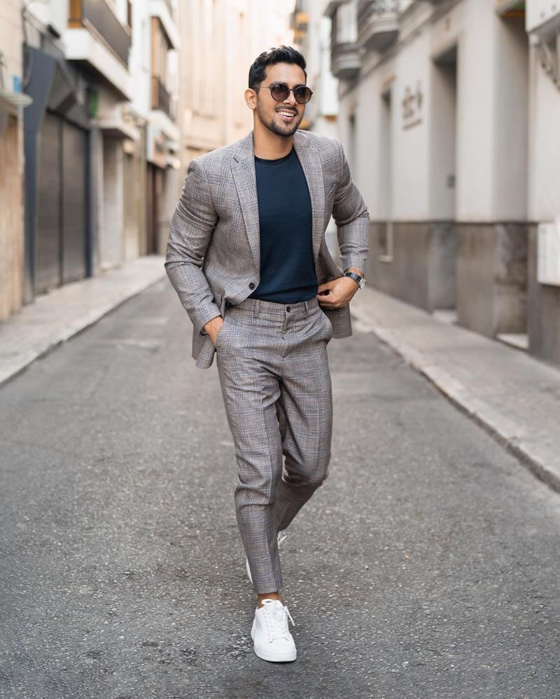 4 Cách phối đồ công sở cùng áo blazer giúp chàng thêm thanh lịch