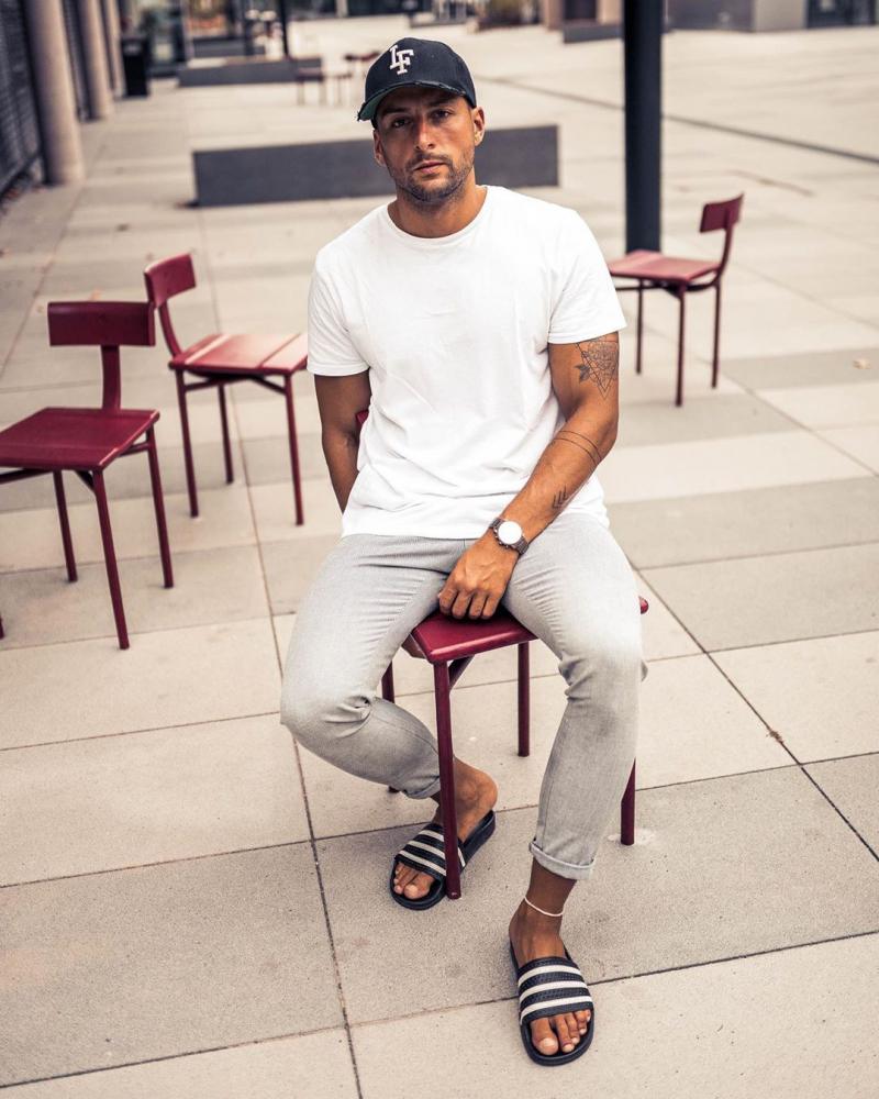 8 cách phối đồ với áo thun trắng cực đơn giản giúp chàng tự tin