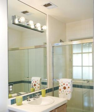 6 bước làm sạch sâu nhà vệ sinh hôi hám trong nhà