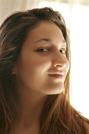 Cạo lông mặt - Làm đẹp hay phá hủy nhan sắc?