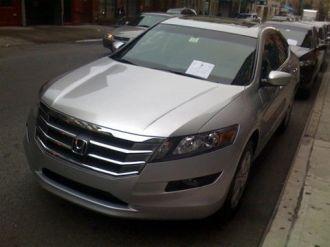 Honda Accord Crosstour lần đầu xuất hiện trên phố