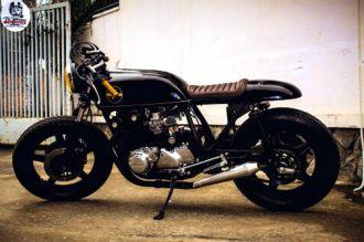 """Honda CB750 """"cafe đen đậm đặc"""" nghệ thuật phong cách"""