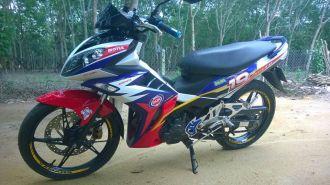 Yamaha exciter độ kiểu X1R nhiều màu sắc
