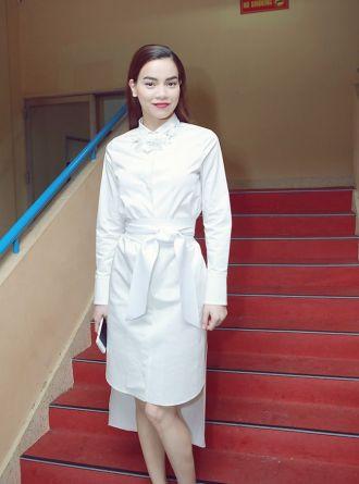 Hồ Ngọc Hà vẫn đẳng cấp dù diện trang phục hiệu bình dân