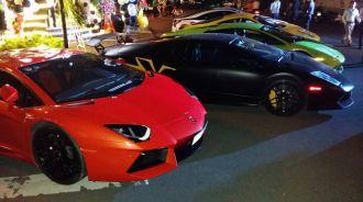 Dàn siêu xe khủng tụ họp hoành tráng tại Sài Gòn