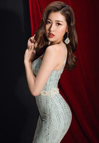Chọn váy để sexy nhất đêm tiệc như á hậu Tú Anh