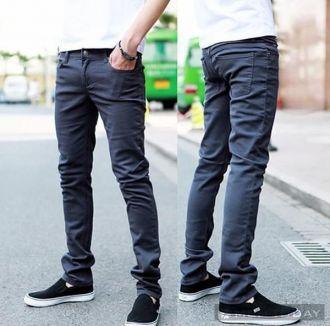 Quần jeans bó sát có thể gây xoắn tinh hoàn