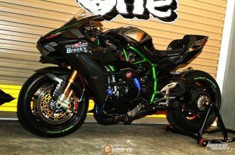 Chi tiết Kawasaki Ninja H2 độ siêu khủng với dàn đồ chơi trị giá trên 1 tỷ đồng