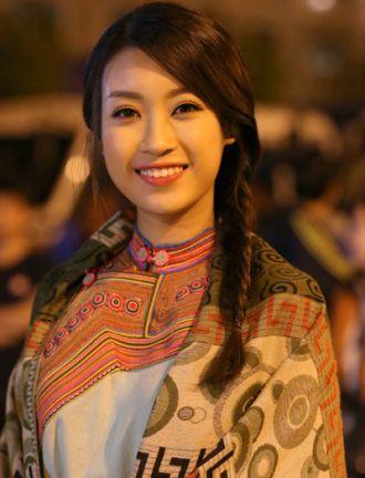 Trang điểm đẹp tự nhiên như Hoa hậu Mỹ Linh, siêu mẫu Thanh Hằng